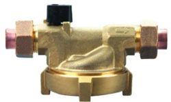 brass-union-coupled